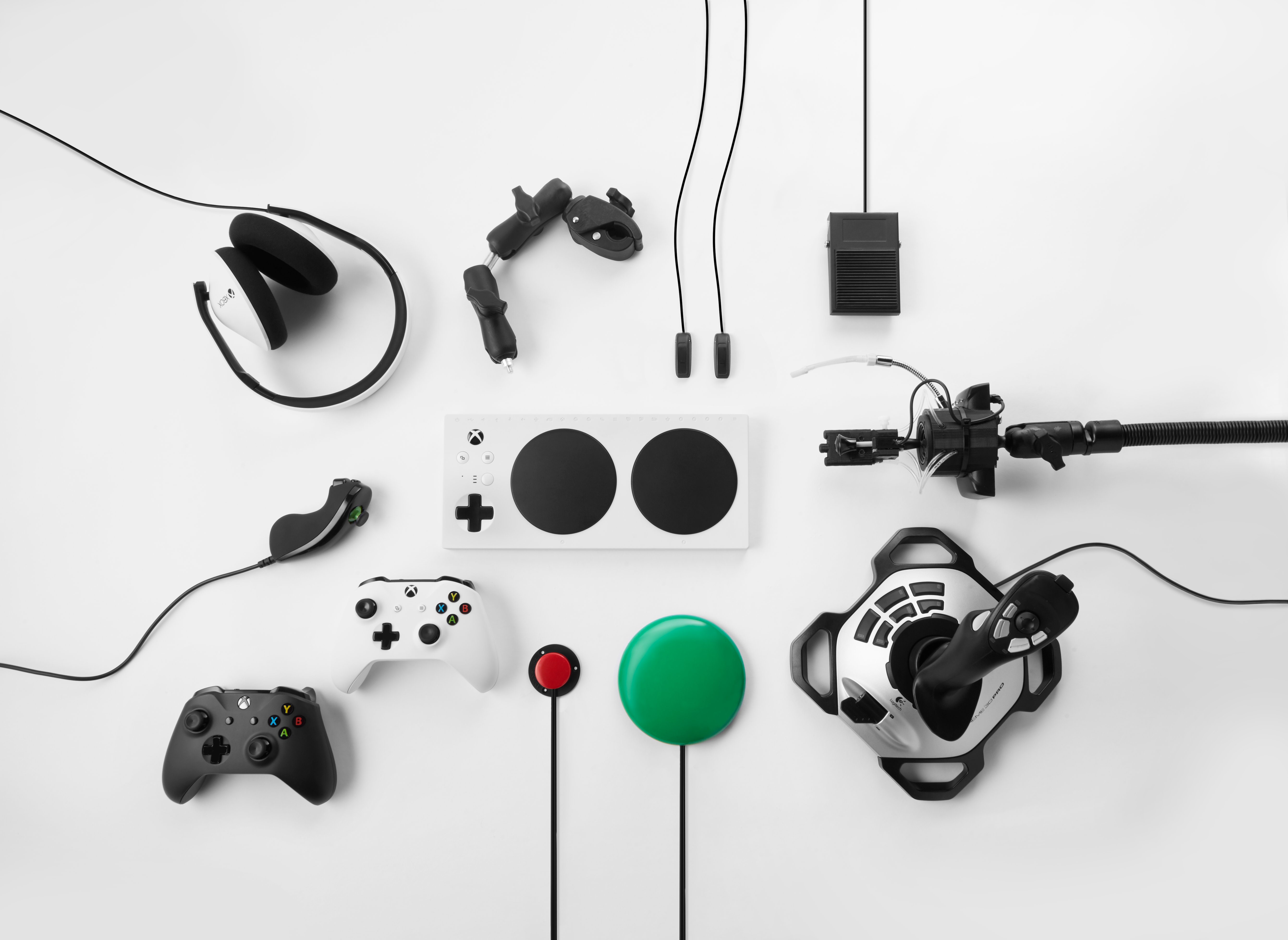 Accessible Gaming with the Xbox Adaptive Controller - Xbox Wire on
